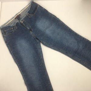 Aeropostale Juniors Girls Size 11-12 Denim Capris
